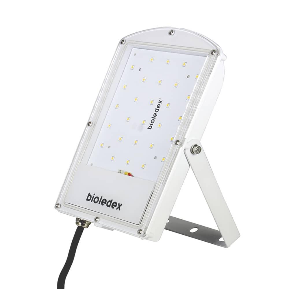 bioledex astir led strahler 30w 120 2760lm 4000k weiss hier bestellen. Black Bedroom Furniture Sets. Home Design Ideas
